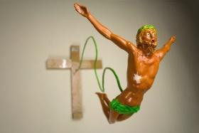 http://www.stupidedia.org/images/thumb/d/d5/Bungee_jumping_christ.jpg/280px-Bungee_jumping_christ.jpg