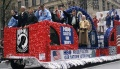 800px-NYC USO Troupe float.jpg
